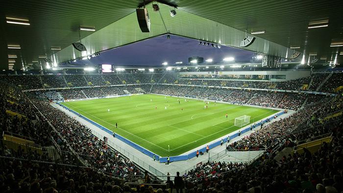 Stade-de-Suisse2